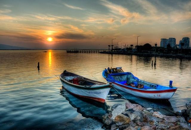 Colours of Bostanli, Izmir by Nejdet on flickr