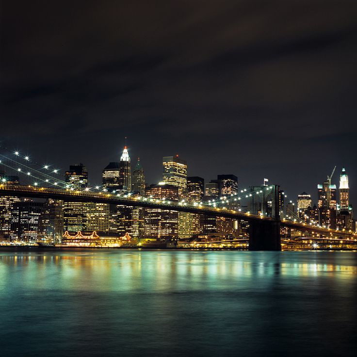 Top 10 Things to Do in NYC on a budget. This is an amazing collection of ideas and insider knowledge!
