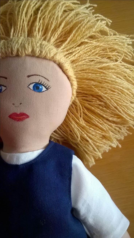Ruut Unicef-nukke