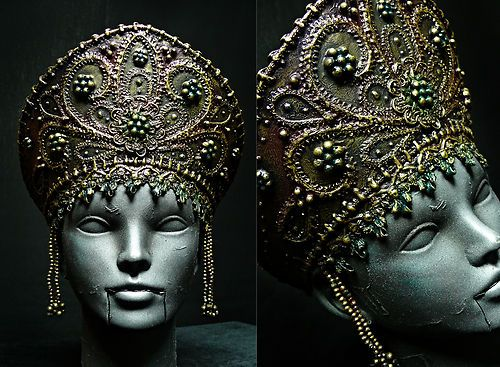 Exlusively-handmade-old-Russia-style-headdress-KOKOSHNIK