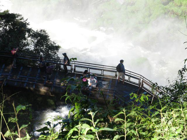 Une vue imprenable sur les chutes d'Iguazu en Argentine