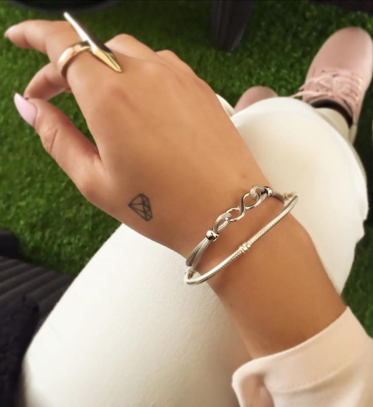 small diamond tattoo #ink #YouQueen #girly #tattoos