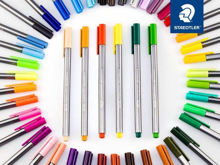 Staedtler - We 6 kleuren toegevoegd aan de triplus fineliners! De nieuwe kleuren zijn - lichtgeel, oker, scarlet rood, zeegroen, sapgroen en perzik. Dat maakt een totaal van 48 briljante kleuren!