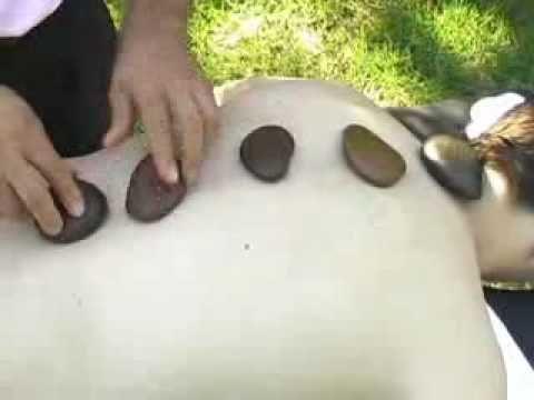 Masaje con piedras calientes (Hot Stone Massage)