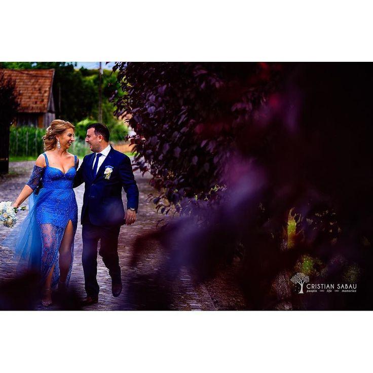 About Last Wedding | www.cristians.ro . . #weddingday #huffpostido #instawed #instapic #instagood #instalove #destinationweddingphotographer #romaniawedding #Transylvania #Romania #nikon #d750 #nikond750 #bride #pin #beautiful #groom #castelhaller #ig_romania #targumures #samedayedit #thesecondshot #aotss #tree #leaves #wed_stars #trees #bluebride #blueweddingdress
