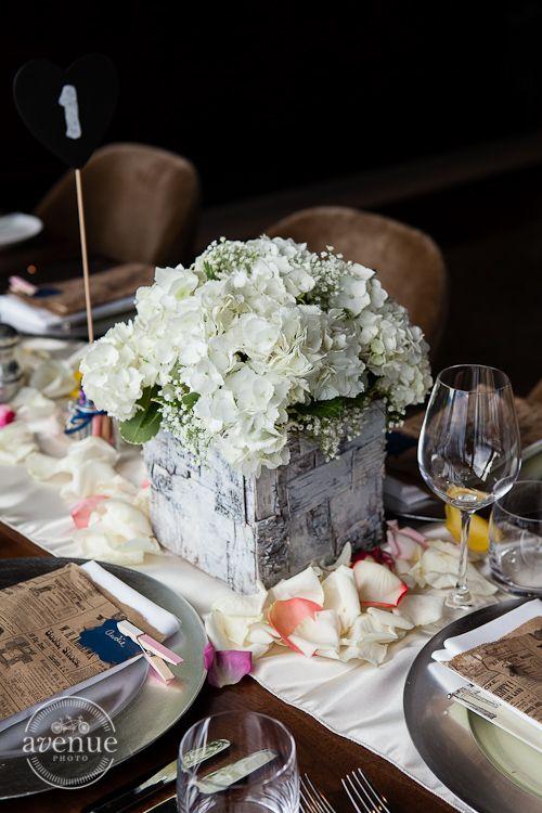 Wedding at #Canoe #Toronto #Restaurant #TorontoWedding #Wedding.  Photo: AVENUE PHOTO | www.avenue-photo.com