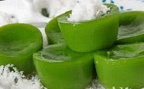 Resep Kue Lumpang Hijau, Cemilan Atau Jajanan Tradisional Khas Palembang silahkan disimak resep cara membuat kue lumpang berikut