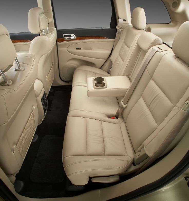 2015 Jeep Cherokee Interior: 17 Best Ideas About 2011 Jeep Grand Cherokee On Pinterest