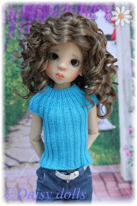 Knitted top for Kaye Wiggs MSD dolls « Swish and Swirl blog - free pattern