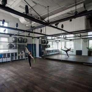 Jacobs-Yaniv Architects creates pilates  studio for Paralympic swimmer