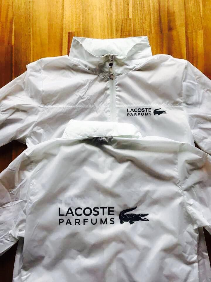 Aujourd'hui, c'est street marketing #lacoste #parfum #top #bykonceptshirt