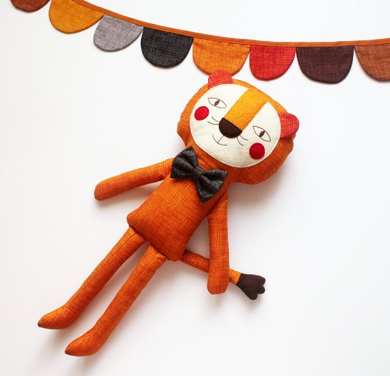 ♥ This playful lion is just waiting for a new friend. And oh... they surely will have fantastic adventures together! ♥ This listing is for a handmade