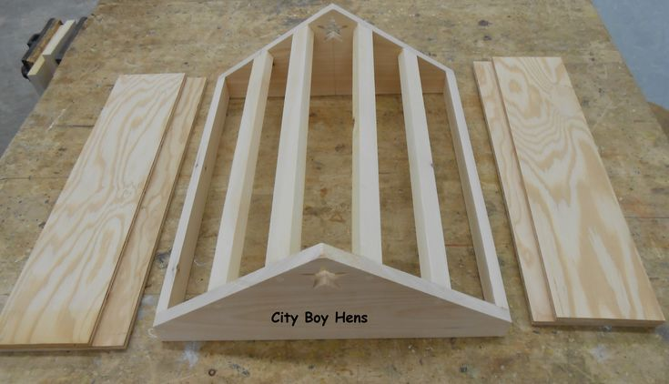 How To Make A Ventilated Gabled Beehive Roof | City Boy Hens