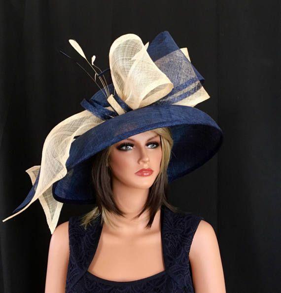 Chapeau bleu marine. Chapeau de Derby du Kentucky. Chapeau de