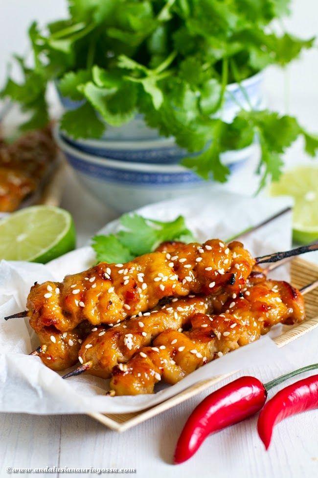 Andalusian auringossa-ruokablogi: Grillissä tuoksuu Aasia - aprikoosi-inkivääriglaseeratut kanavartaat
