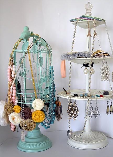 pretty jewelry & jewelry holders