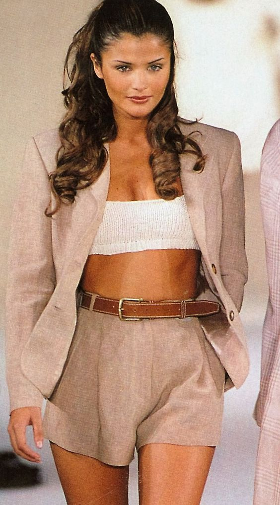 90s Supermodel Outfits We Would Put on At this time