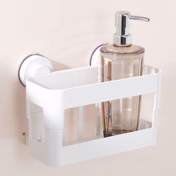お風呂におしゃれな収納スペースを持ちたいのは、みなさん共通の願いですよね!洗面器、風呂椅子、ふた、お掃除グッズなどなど、アイテムが多いのがお風呂場です。ぬめりやカビ予防に、フックでぶら下げる空中収納は浴室ではとっても便利。お掃除の時も楽で、風通しが良く清潔感があります。ここではそんな皆さんの空中収納方法や、お役立ちグッズをご紹介します。