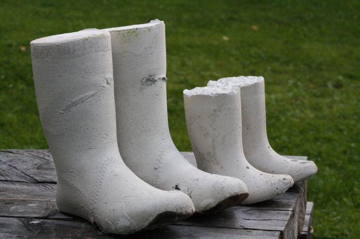 Perhottaren päiväkirja: Isoja ja pieniä betonisaappaita