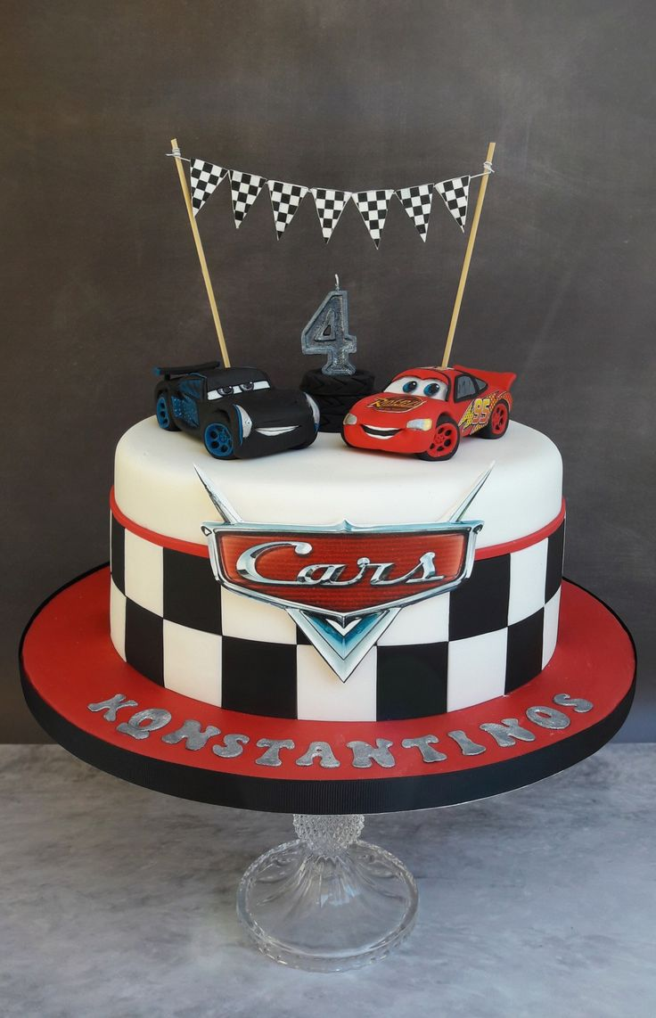 Jackson Storm and Lightning McQueen cars cake.