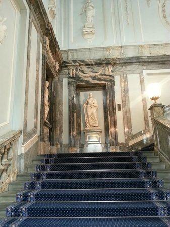 Palais de Marbre - 6 Quai du Palais - Saint Petersbourg - Construit de 1768 à 1785 par l'architecte. Antonio Rinaldi - Le Grand Escalier.