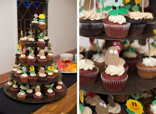 plants-vs-zombies-cupcakes gamer wedding ideas