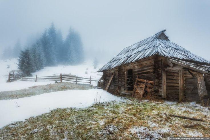 Домик на полонине #зима #иней #Карпаты #мороз #пейзаж #снег #Украина #Дземброня#зима #иней #Карпаты #мороз #пейзаж #снег #Украина #Дземброня Photographer: Александр Науменко