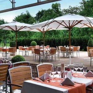 Le marriott Hôtel Restaurant Lyon accueille votre #Lancement de produit 69930 #Saint-Laurent-de-Chamousset
