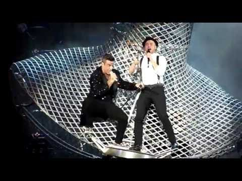 Robbie Williams ft. Olly Murs - Kids (Live - Etihad Stadium, Manchester UK, June 2013) - YouTube
