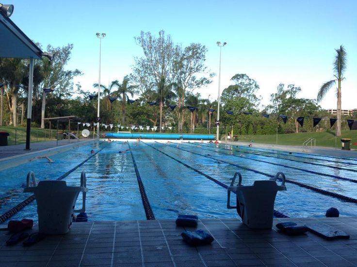 University of Queensland's pool 01/01/2015 元旦の午後はスイムでしょ?!