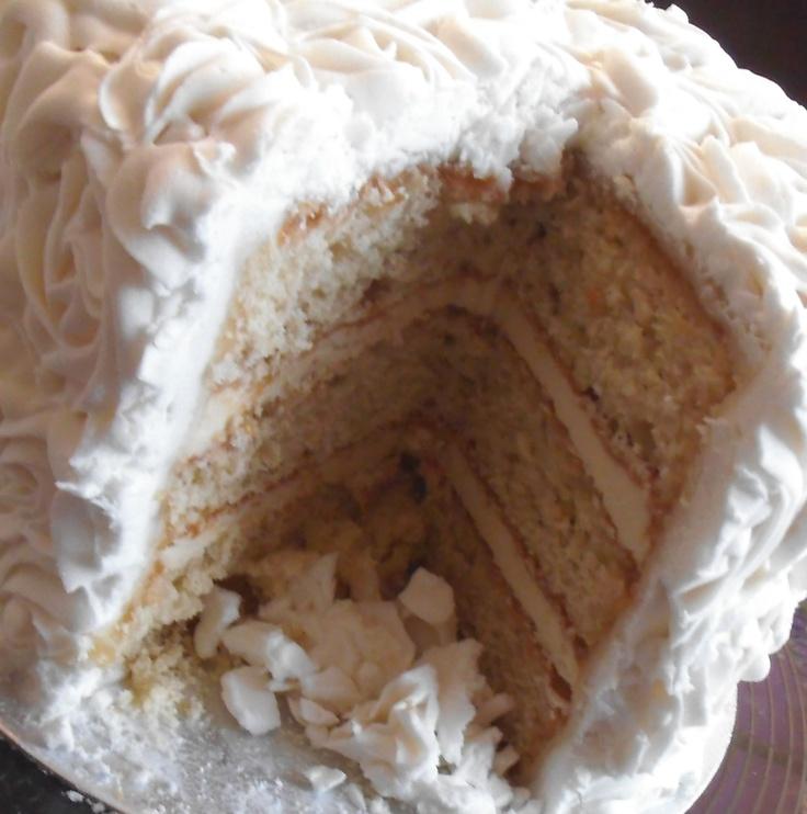 Vanilla & White Chocolate Wedding Cake