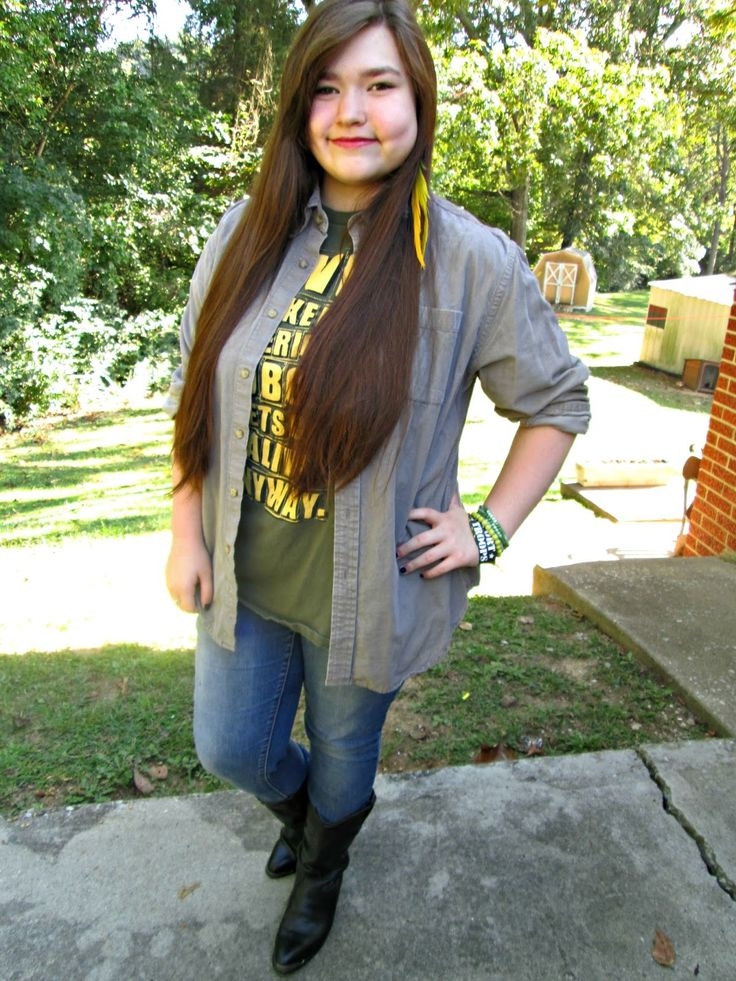 Unique Geek: Fashion With Liz: Boots Made For Walkin' #boots #falloutfit #teenstyle #teen #teenfashion #cuteoutfit #falloutfit: