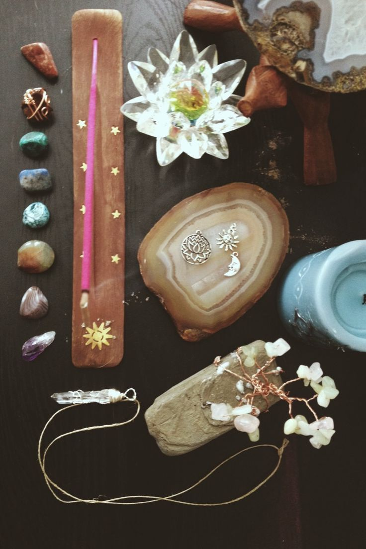 Gorgeous little spiritual set up. ♥