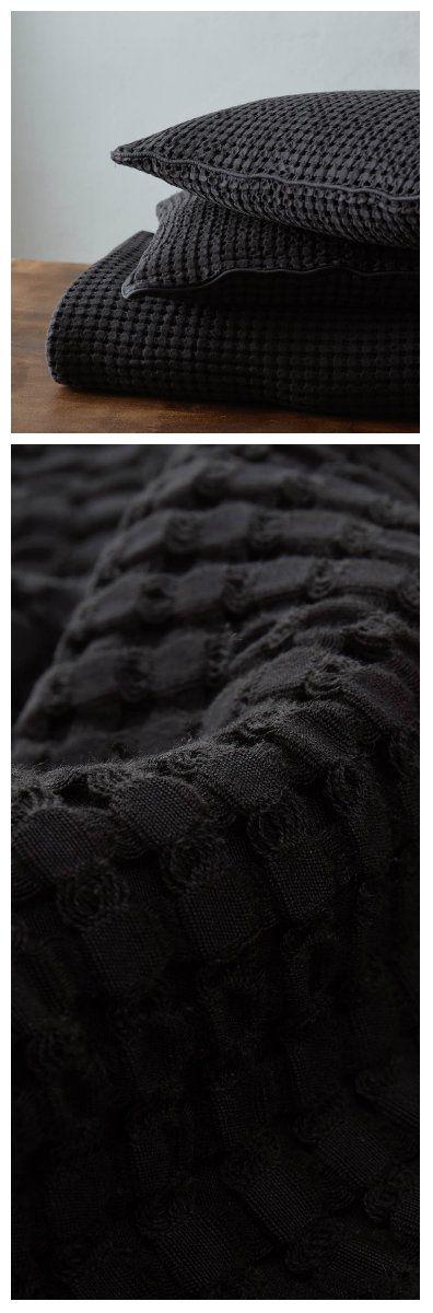 Tagesdecke Veiros von URBANARA. 100% Baumwolle