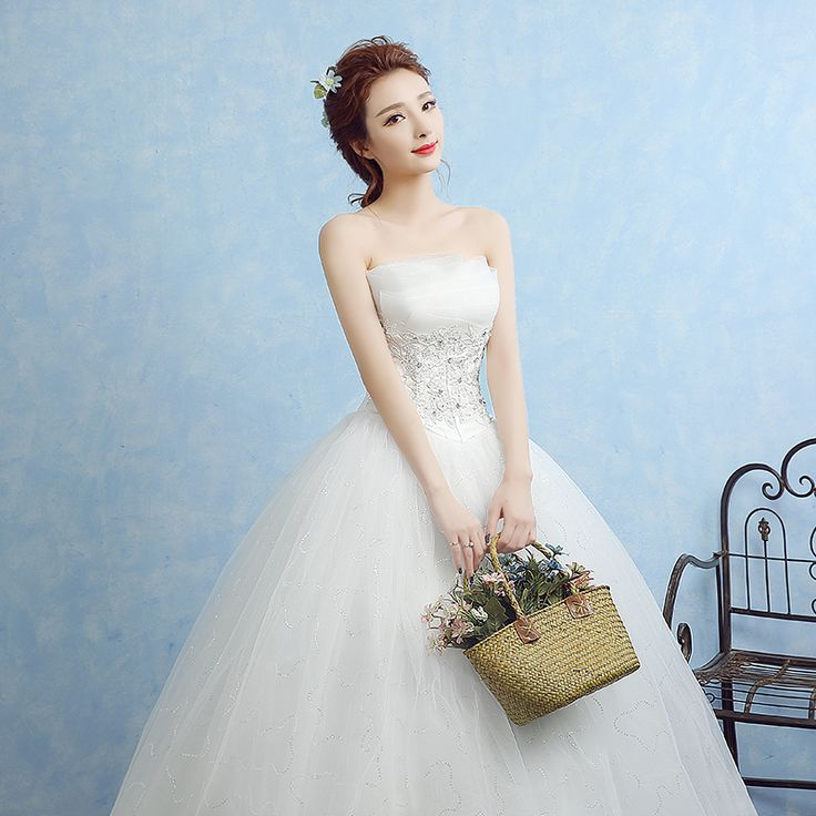 14 best WEDDING DRESSES images by Marian on Pinterest | Wedding ...
