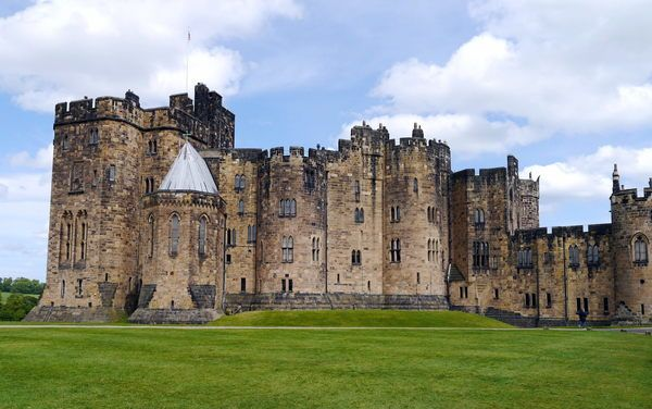 The Real World Hogwarts Alnwick Castle Northumberland Castle Pictures Of England