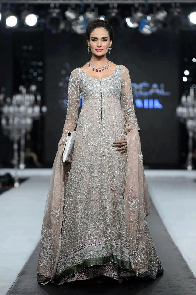 Loreal's Bridal Couture Week, Pakistan | Discover more south asian wedding inspiration at www.shaadibelles.com