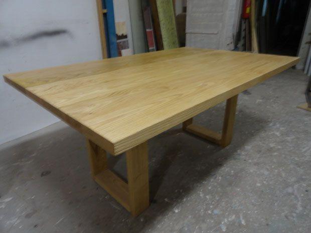 Mesa de comedor fabricada de manera artesanal en nuestro for Mesas de plastico para jardin