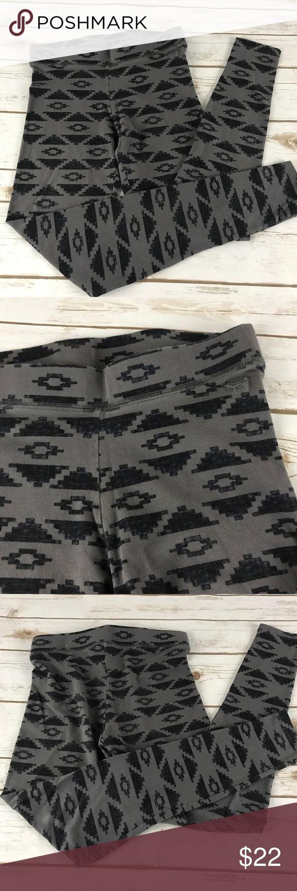 "PINK Victoria's Secret Aztec Print Leggings These Aztec print leggings are in great condition.  📐Measurements & Information 📐  Waist Approx 26"" Inseam approx 28"" Rise Approx 8.25"" PINK Victoria's Secret Pants Leggings"