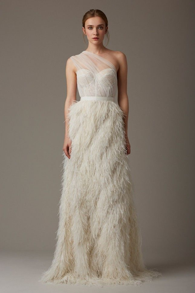 11 Wedding Dress Trends That Will Be Big in 2016 | Brit + Co