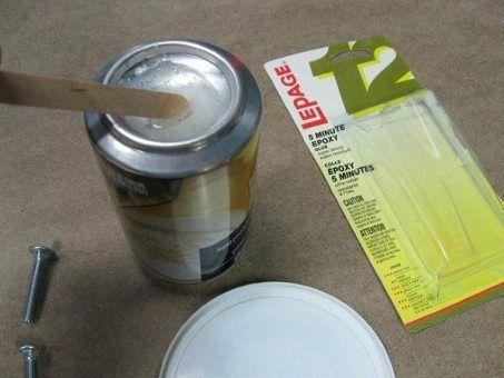 Canette pour mélanger la colle époxy / Epoxy Mixing Can | Atelier du Bricoleur (menuiserie)…..…… Woodworking Hobbyist's Workshop