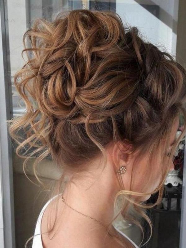 60 Charming Curly Hairstyles For All Hair Lengths [2019]