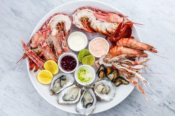9 Rekomendasi Resep Makanan Laut Enak Dan Sehat Ini Bisa Kamu Olah Dengan Mudah Di Dapur Rumah Makanan Laut Resep Makanan Makanan Dan Minuman
