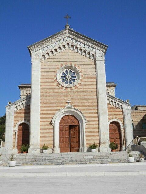 #Monteodorisio chiesa - #Abruzzo