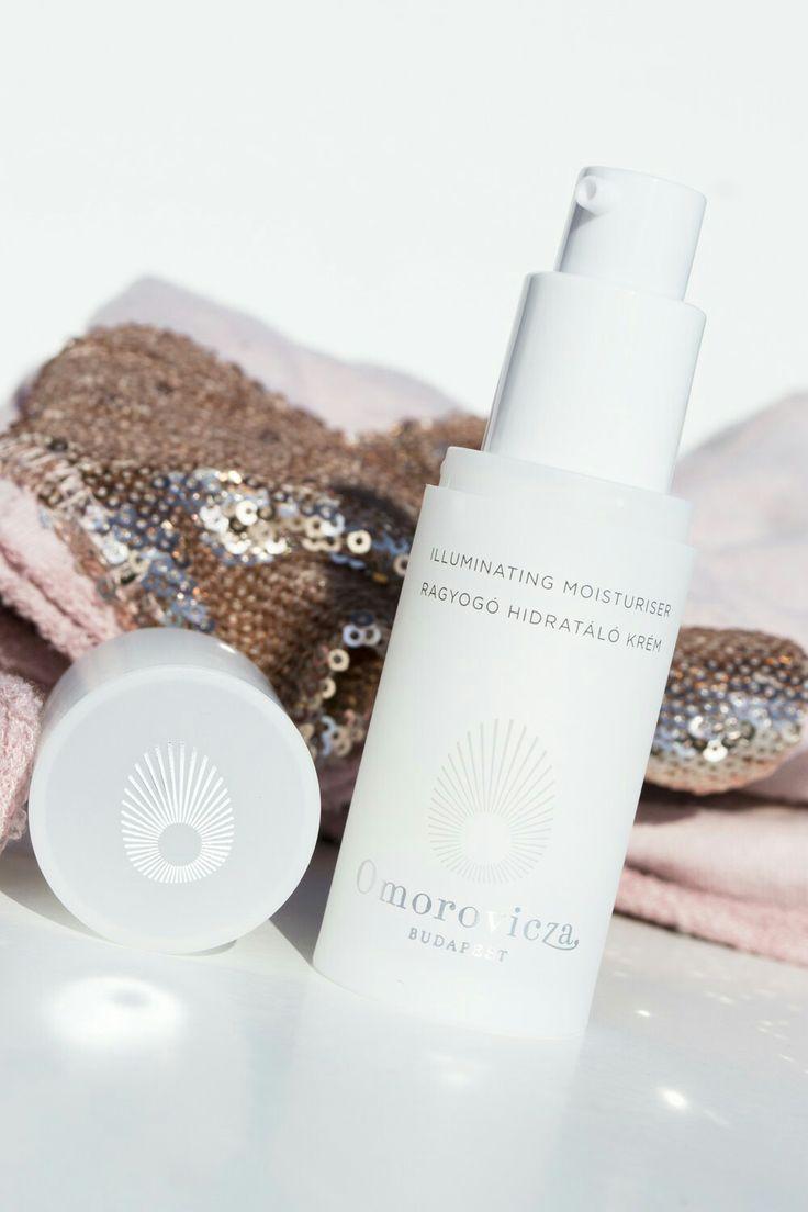 Omorovicza ♥ Illuminating Moisturizer http://beautyboulevard.se/p39z Light Day Cream Dry Skin Torr Hy Dagkräm Hudkräm Ansiktskräm Face Cream