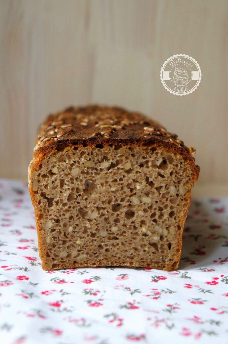 Delicious Titbits: Chleb żytni razowy z ziarnami słonecznika