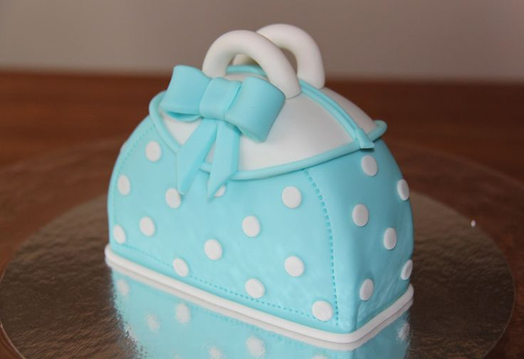 3D taarten - Koning Kikker A little purse cake