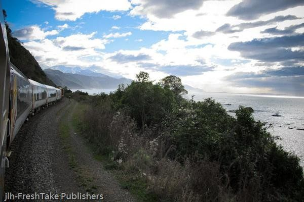 Canvas Print - Just Around the Corner - Coastal Pacific Scenic Train Journey, New Zealand