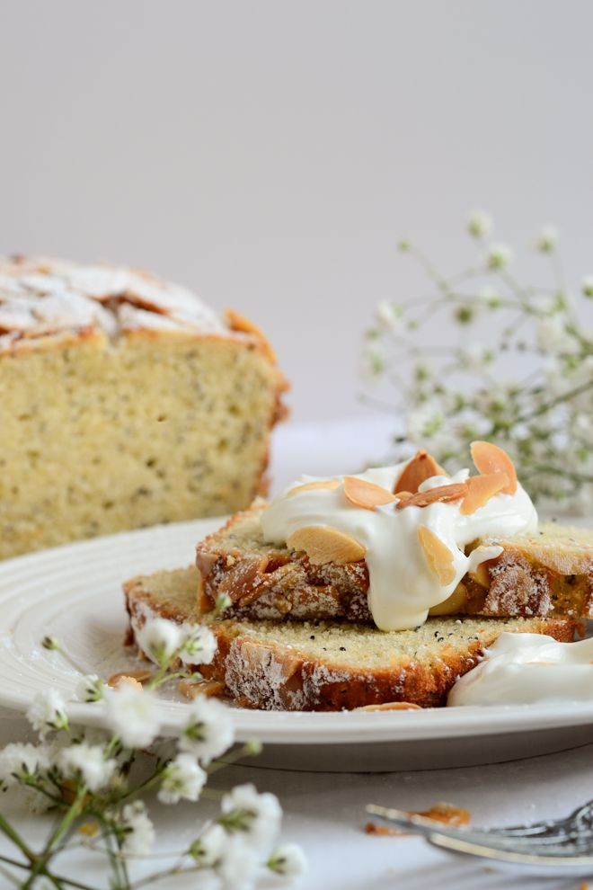 Almond and poppy seed loaf cake