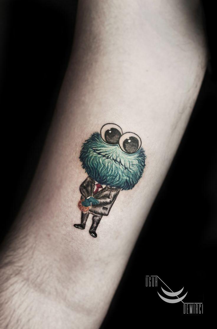 Realistic little cookie monster tattoo #kurabiyecanavarı #cookiemonster #susamsokağı #sesamestreet #sesamestreettattoo #cookiemonstertattoo #realistic #smalltattoo #colortattoo #colorful #colorfultattoo ##blacktattoos #scenictattoos #contemporarytattoo #istanbultattoo #engrawing #ornament #linework #216tattoo #dövme #ugurdemircitattoo #ugurdemirci #kadıköy #istanbul